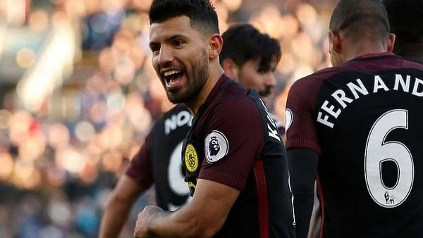 Manchester City vence al Burnley con doblete de Sergio Agüero [VIDEO]