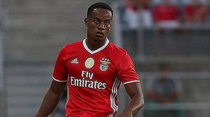André Carrillo fue suplente en goleada del Benfica [VIDEO]