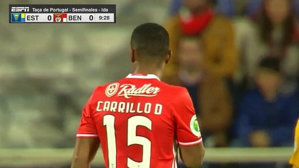 André Carrillo fue titular en triunfo del Benfica [VIDEO]