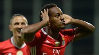 André Carrillo marcó golazo para victoria del Benfica [VIDEO]
