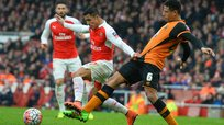 Arsenal y Hull City empatan sin goles en la FA Cup [VIDEO]