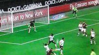 Jéremy Ménez marcó este golazo de Play Station para el AC Milan [VIDEO]