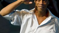 Mira el video musical donde participa Ronaldinho [VIDEO]