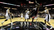 NBA Final: Miami Heat gana 98-96 a San Antonio Spurs e iguala la serie