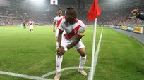 Perú vs Paraguay: Jefferson Farfán hizo el Baile del Totó [VIDEO]