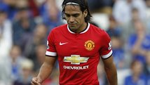 Radamel Falcao y su primer blooper con Manchester United en la Premier League [VIDEO]