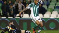 Real Betis con Juan Vargas empató 2-2 ante Rayo Vallecano [VIDEO]