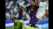 Real Madrid vs Barcelona: Iker Casillas evita gol de Lionel Messi [VIDEO]