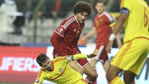 Tremendo codazo de Fellaini causó polémica en el Bélgica vs Gales [VIDEO]
