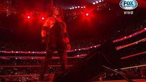 WWE: Kane partió mesa con Seth Rollins previo a Hell in a Cell [VIDEO]