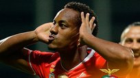 ¡Golazo! André Carrillo anotó soberbio tanto con el Benfica [VIDEO]