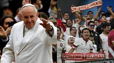 Universitario de Deportes: niño le regala camiseta crema al papa Francisco [VIDEO]