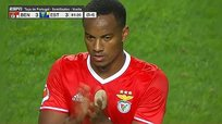 Selección Peruana: Así pifiaron a André Carrillo en Portugal (VIDEO)
