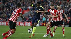 Premier League: Arsenal vence a Southampton y se acerca a la Champions League