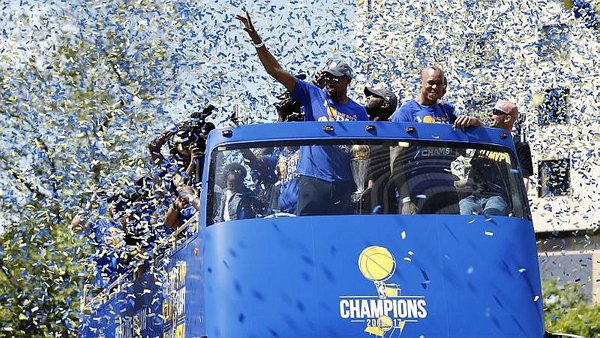 NBA: Mira la extraordinaria celebración de Golden State Warriors