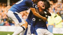Premier League: Rooney anotó su primer gol y le dio una victoria a Everton