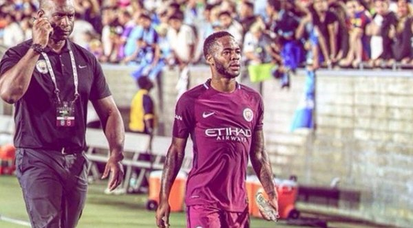 Manchester City: Raheem Sterling sufrió ataque racista dentro del club