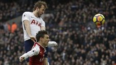 Harry Kane es viral por increíble salto para anotarle al Arsenal