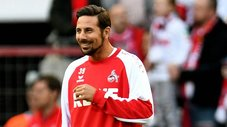 Claudio Pizarro se luce con nueva faceta en Colonia [VIDEO]