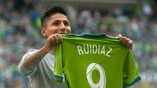 Raúl Ruidíaz será titular en Seattle Sounders ante Houston Dynamo