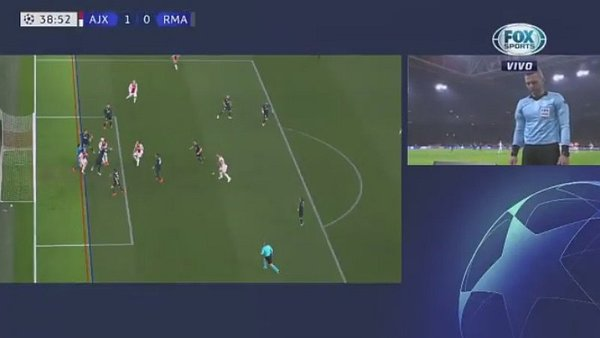 VAR favorece al Real Madrid y anula polémico gol de Ajax [VIDEO]