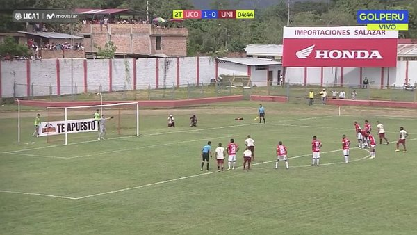 Germán Denis marca el empate para Universitario tras penal [VIDEO]