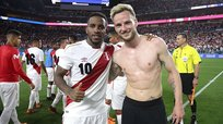 Jefferson Farfán vaciló a Ivan Rakitic en Instagram tras recordar un gol con Schalke 04 | VIDEO